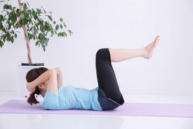 簡単出来る腹筋運動